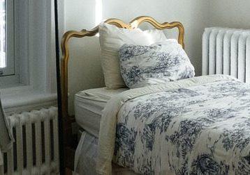 bedroom corner with rad